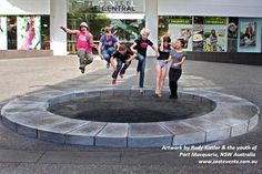 3D chalk art, Youth Workshop for Youth Week at Port Macquarie, NSW by Rudy Kistler
