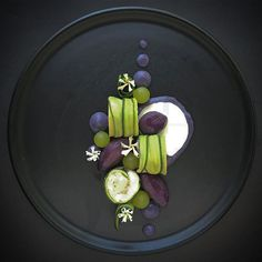 Deep, dark and purple /// Chicken & Courgette Cannelloni, Parma Whey, Grapes & Purple Glazed Potatoes  Food Design, Gourmet Food Plating, Food Plating Techniques, Food Decoration, Gourmet Recipes, Gourmet Desserts, Plated Desserts, Sushi Recipes, Gourmet Foods