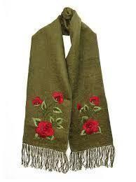 Image result for flores bordados en lana