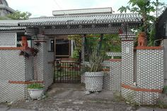 Beer Can House in Okinawa