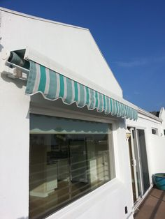 Retractable Awning   The Shadow Retractable Awning Offers You More  Customization Than Our Discount Retractable Awning To Create A Retractable  Awninu2026
