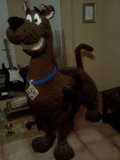 Lego Scooby Doo, For a great dane, this might actually be life-size. Casa Lego, Lego Structures, Modele Lego, Lego Scooby Doo, Big Lego, Lego Sculptures, Lego Animals, Lego Boards, Amazing Lego Creations
