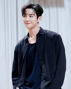 Asian Boys, Asian Men, Asian Actors, Korean Actors, Dramas, Sf 9, Kdrama Actors, K Idol, Korean Artist