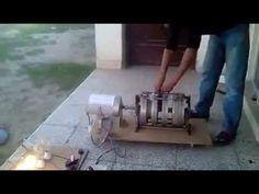 Motor elétrico e um gerador de energia com baterias gerando energia elétrica limpa e infiníta - YouTube