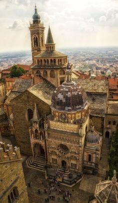 Basilica di Santa Maria Maggiore and Cappella Colleoni ♦ Bergamo, Italt (by qwstarplayer)