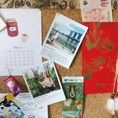@miledy_tiana Когда у меня спрашивают что я привезла из Сингапура для себя я отвечаю что впечатления!) И на самом деле кроме 10 сингапурских долларов подаренных на Китайский новый год билета с Зоопарка конфеты из аэропорта и фотографий я ничего не привезла) Остальное всё на подарки друзьям и близким) PS. Из-за постоянной смены фотографий на моей пробковой доске встала необходимость в бережном хранении фотографий подобного формата. Подскажите где можно купить такие альбомы в Ульяновске или…