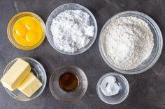 Meringue Sugar Cookies with Jam - Momsdish Jam Cookies, Easy Sugar Cookies, Meringue Cookies, No Bake Cookies, Best Crepe Recipe, Crepe Recipes, Simple Sugar, Holiday Cookies, Tart