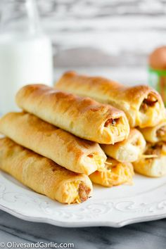 Sausage & Cheese Breakfast Rolls