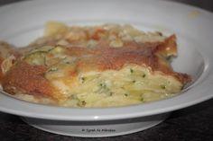 Was für eine Knusperkruste auf Syrahs Kartoffel-Zucchini Auflauf!  http://groensaker.blogspot.de/2013/03/vegan-wednesday-no-4-no-31.html