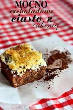 Home-made food... and not only: Czekoladowe ciasto z cukinią i wiórkami kokosowymi