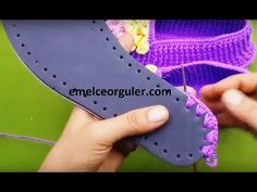 örgü taban keçe tabana nasıl birleştirilir - YouTube Crochet Shoes Pattern, Granny Square Crochet Pattern, Shoe Pattern, Crochet Flower Patterns, Crochet Flowers, Crochet Sandals, Crochet Boots, Crochet Baby, Knit Crochet