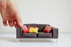 Sofa en miniatura de Barbie