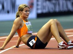 Dafne Schippers , Dutch athlete competing in heptathlon and the 200 metres Dafne Schippers, Rio Olympic Games, Champion, Tight Abs, Us Olympics, Pole Vault, Love Fitness, Fit Board Workouts, Girl Running