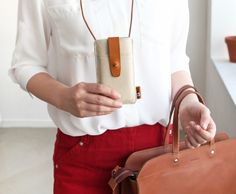 Basic Leather iPhone Pouch