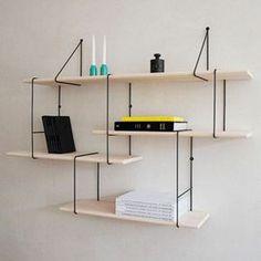 étagère bibliothèque en bois clair, DIY idée murale