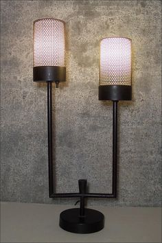 Mid-Century Modern Lamp ~ Lamps & Light Fixtures ~ Lighting ~ Online Flea ~ Artisanaworks  http://www.artisanaworks.com/online-flea-market-163-mid-century-modern-lamp.html
