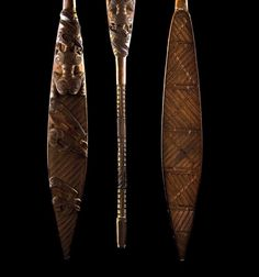 Important ceremonial hoe - paddle, a wooden paddle masterfully… - New Zealand Maori - Tribal - Carter& Price Guide to Antiques and Collectables Maori Tribe, Polynesian People, Wooden Paddle, Maori Art, Cottage In The Woods, Aboriginal Art, Street Art Graffiti, Leaf Shapes, Hoe