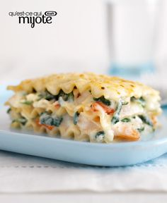 Lasagne-I add a little sherry to the cream sauce, substitute ricotta for the cottage cheese and add 1 lb of cooked maine lobster meat to mine!So Rich and Delish! Seafood Lasagna Recipes, Lasagne Recipes, Seafood Bake, Spinach Recipes, Seafood Dishes, Salmon Recipes, Pasta Dishes, Cajun Lasagna, Prawn Recipes
