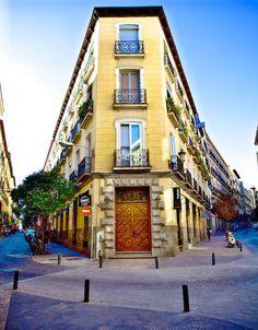 Calle del León con calle del Prado. Barrio de las Letras