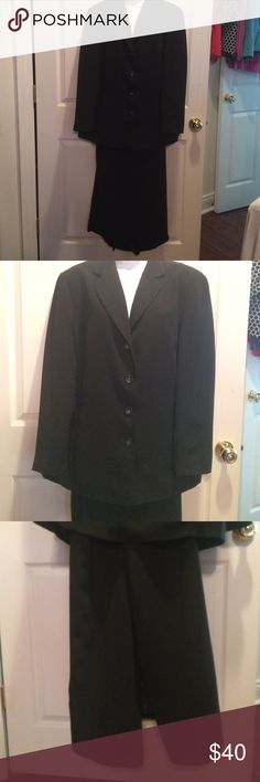 "Emma James black suit - jacket 16w - skirt 18w Excellent condition. Skirt is above my ankles with a long slit back. I am 5' 5"". Emma James Dresses"