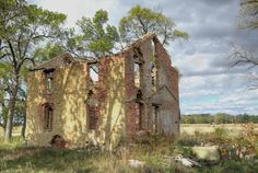 Google Image Result for http://foresterscameraclub.org/wordpress/wp-content/uploads/galleries/post-391/full/10-05-10%20FCC%20Specials%20Abandoned%20Buildings%20Awd%20%20Old%20Stone%20House%20Steve%20Zasadny.jpg