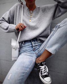 """19.6 tuhatta tykkäystä, 131 kommenttia - Andy Csinger (@andicsinger) Instagramissa: """"Rocking my new @softgoatcashmere #cashmere knit! // #softgoatcashmere #grey"""""""