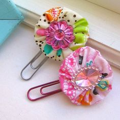 Bookmark Yo Yo Fabric Flower Paperclips Flower by tracyBdesigns. $5.00, via Etsy. a little bling for your books