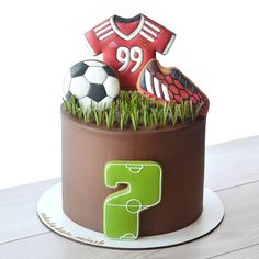 Sport Cakes, Football Birthday, Cake Shop, Mini Cakes, Cake Cookies, Birthday Cake, Baby Shower, Chip Cookies, Decorating Cakes