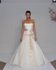 Champagne Mermaid/Trumpet Sleeveless Garden/Outdoor Organza Wedding Dresses With Chapel Train WD175