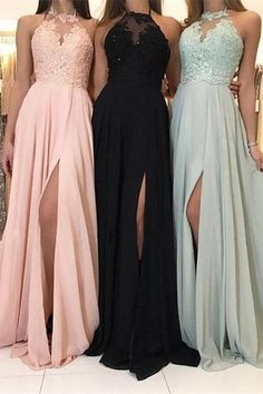 Elegantes Neckholder-Abendkleid You are in the right place about Evening Dress floral Here we offer Long Prom Dresses Uk, Pretty Prom Dresses, Lace Bridesmaid Dresses, Lace Evening Dresses, Wedding Dresses, Evening Gowns, Elegant Dresses For Women, Stylish Dresses, Sexy Dresses
