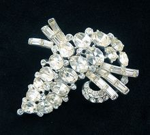 Beautiful Vintage Clear Crystal Rhodium Plated Brooch from Vintage Jewelry Girl!     #vintagejewelry