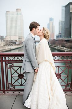 Chicago Wedding at Gallery 1028 by Jess Barfield Photography | Style Me Pretty