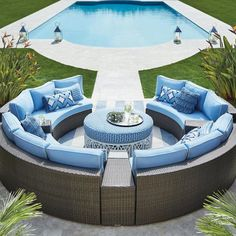 88 inspiring small pool remodel for your backyard 20 - Homeadzki Website Backyard Pool Designs, Swimming Pool Designs, Patio Design, Backyard Patio, Backyard With Pool, Backyard Ideas, Outdoor Seating, Outdoor Spaces, Outdoor Living