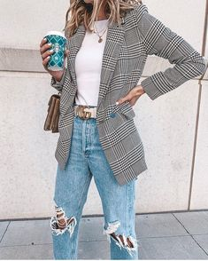 men's street style outfits for cool guys Preppy Outfits, Mode Outfits, Classy Outfits, Chic Outfits, Fall Outfits, Blazer Outfits Casual, Blazer Fashion, Office Outfits, Party Outfits