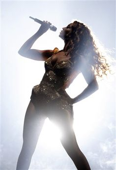 I was at this concert me and @Danielle Tillman and @Ieshia Deal It was the BEST EVER!!