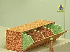 Amazing box tutorial by Alice Yozhiyoka. Unfortunately not in English Cardboard Furniture, Cardboard Crafts, Diy Furniture, Craft Storage, Storage Boxes, Diy Paper, Paper Crafts, Tea Box, Craft Box