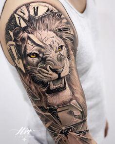 Lion Back Tattoo, Lion Shoulder Tattoo, Front Shoulder Tattoos, Lion Tattoo Sleeves, Clock Tattoo Design, Tattoo Designs, Lion Tattoo Design, Half Sleeve Tattoos Designs, Tattoo Ideas