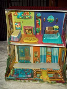 Vintage vinyl suitcase Dollhouse Made by Ideal