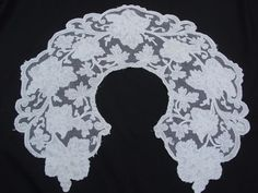 STUNNING ANTIQUE TAMBOUR LACE EMBROIDERED ON LINEN COLLAR