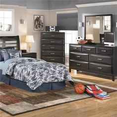 Kira 7 Drawer Dresser and Mirror Combo!  Retail price is $795.00 but IF YOU AVAIL IT NOW you will get huge discount! For only $629.00 you can have the BEST Drawer Dresser and Mirror Combo for your room. You can also RENT TO OWN for only $21.77/week.  For details, grab your phone now and dial (516) 208-4411(516) 208-4411 .  #ashley  http://www.nassaufurnitureonline.com/Item.aspx?ItemID=-1990969744&ItemNum=B473-31%2b36