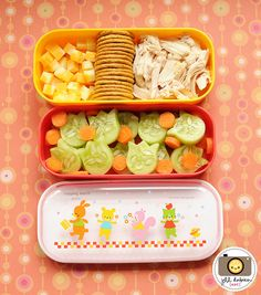 veggie and crackers bento