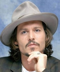 Classic style grey big brimmed felt mens fedora. Johny Depp knows how to wear them.