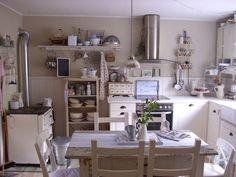 Shabby Chic Interiors: Restyling di una cucina Ikea   cuisine ...