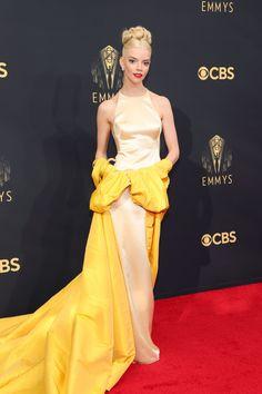 Dior Haute Couture, Christian Siriano, Christian Dior, Ashley Olsen, Elizabeth Olsen, Celebrity Red Carpet, Celebrity Style, Vogue, Glamour