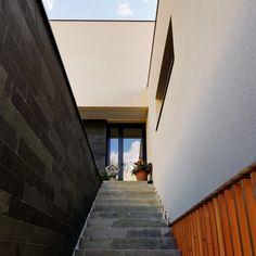 Maison P - Vue Escalier extérieur - 2016 - Mont-Saint-Aignan (76130) - France - BO.A Architecture #boarchitecture © T. Boivin Photographe