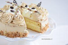 Maak met dit recept deze overheerlijke mokkataart met slagroom en mokkaslagroom. Erg romig, luchtig en perfect voor de herfst! Dutch Recipes, Sweet Recipes, Baking Recipes, Cake Recipes, Dessert Recipes, Bread Cake, Pie Cake, No Bake Cake, Baking Bad