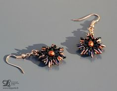BO black and copper pierced ears beads triangles by Lilyperles