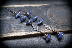 boho retro earrings  Kyanite  wire wrapped  vintage  by entre2et7