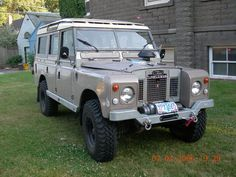 "cummins powered land rover 109"" series"