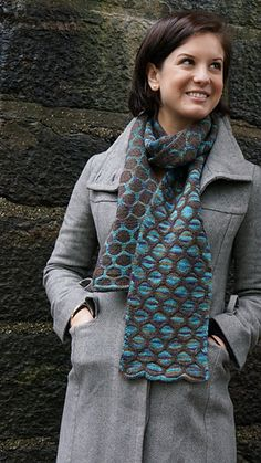 Totally reversible Knitted scarf pattern from Double or Nothing: Reversible Knitting for the Adventurous. Knit in Bijou Spun by Bijou Basin Ranch Tibetan Dream Sock